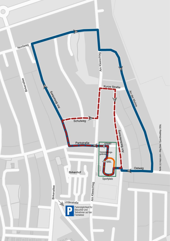 Streckenführung zum 39. Leegebrucher Straßenlauf 2017 Bambini-Lauf (ca. 500 m) über die Rundbahn des Sportplatzes (orange Strecke) // Kinderläufe (rot gestrichelte Strecke): kurze Strecke über 1,4 km (1 Runde), lange Strecke über 2,8 km (2 Runden) // Hauptlauf über 11,5 km (5 Runden), Volkslauf und Walking über 4,7 km (2 Runden) (blaue Linie)