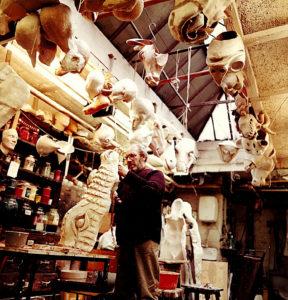 Eddie Fischer in seiner Werkstatt (Foto: Hajo Eckert)