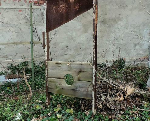 Die Guillotine im Garten von Olaf Kaden (Foto: Hajo Eckert)