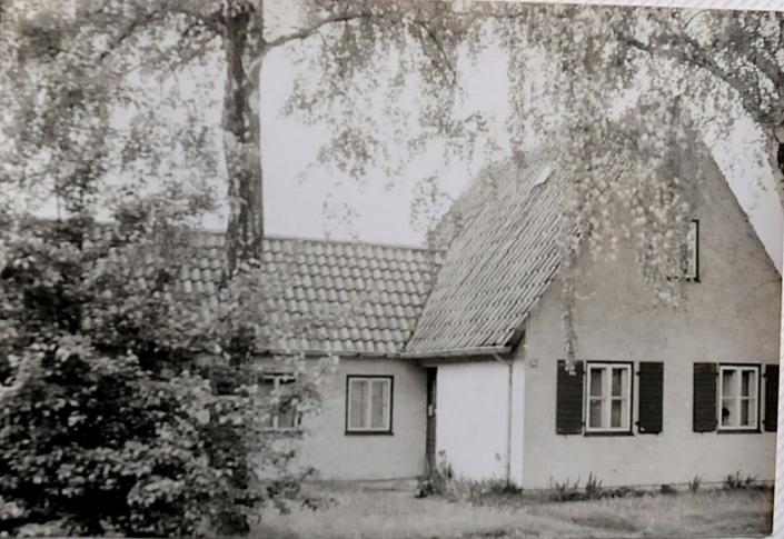 Das Wohnhaus in früheren Zeiten (Foto: hajo)